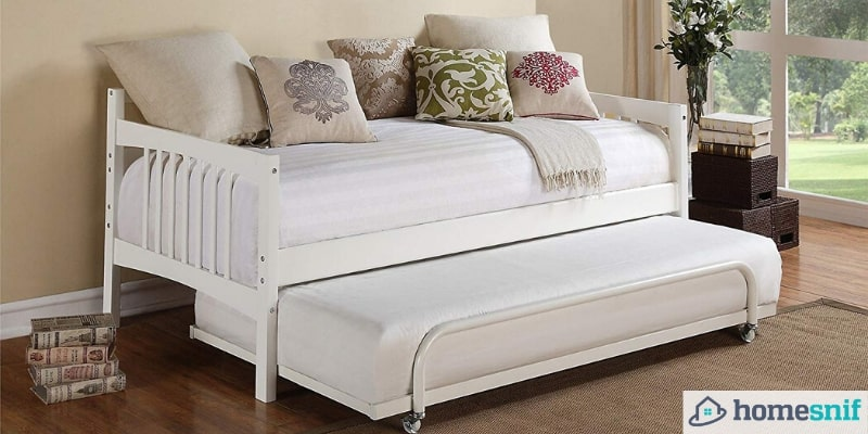 Best Daybeds For Small Spaces